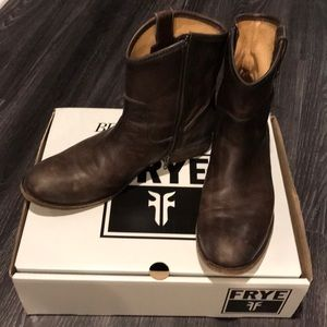 Frye boots  great condition